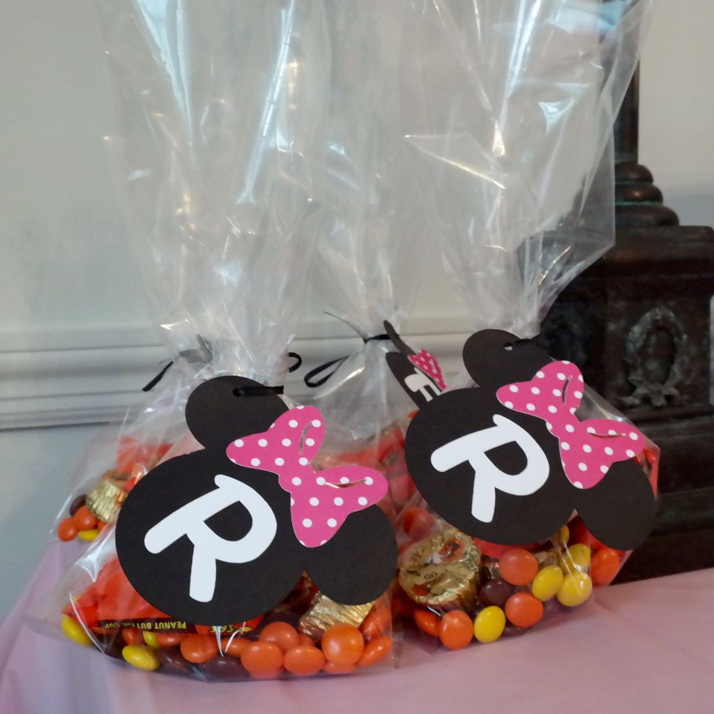 Minnie Mouse Goody Bags Authentic Licensed Party Favor Gift Reese S Goo Of Course